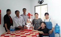 Đón ông Đào Thanh Hải và nhân viên đến chúc Tết Hội